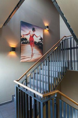 Til og med trappeoppgangen er lekker