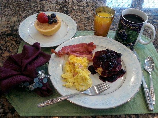 Kalamazoo, MI: Hungry yet?  Lemon Ricotta Pancakes with Blueberry Sauce, Ham-n-Eggs, bacon, fruit, juice and co