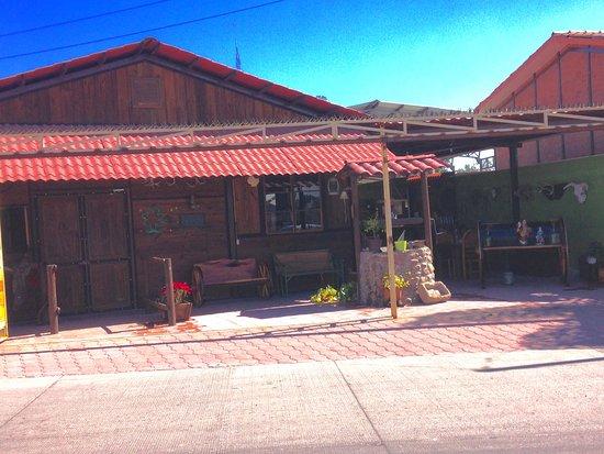 Salamanca, Mexiko: La Cabaña de Don Bigotes es un restaurante para toda la familia, donde puedes degustar de las me