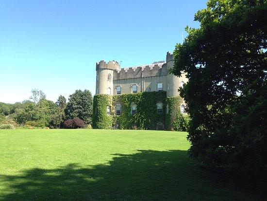 Malahide Castle: Outside shot of the castle xx