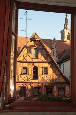 Hotel Gotisches Haus: Vista dsde la habitacion
