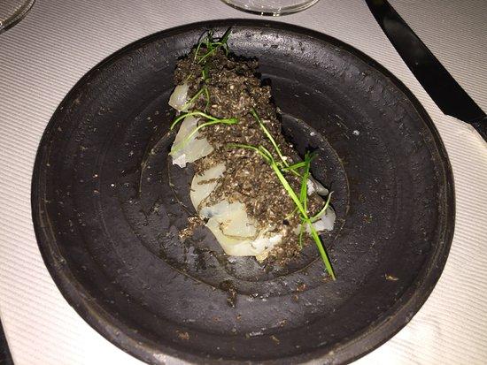 Jean Georges: Black truffle sashimi