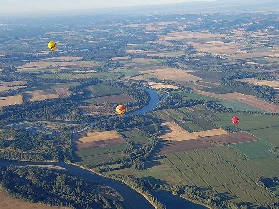 Vista Balloon Adventures: Flying over the Willamette Valley