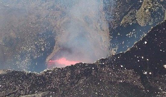 Masaya, Nicaragua: lava met af en toe een venijnige verstikkende wolk