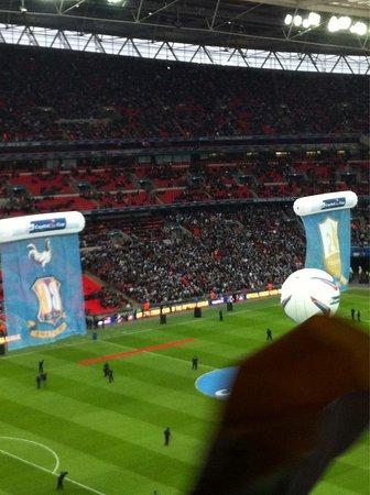 Wembley, UK : photo0.jpg