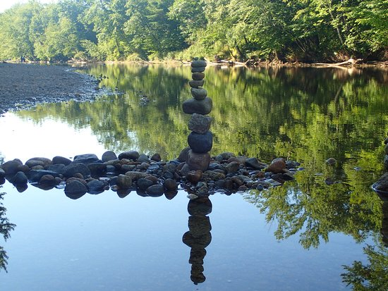 Saco River Camping Area: Cairn on the SRCA beach.