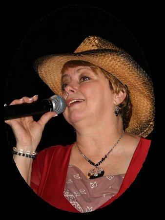 Branson, Μιζούρι: Alice Faye singing the best of Patsy Cline