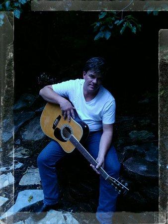 Branson, Μιζούρι: Daniel Deno with a tribute to Randy Travis