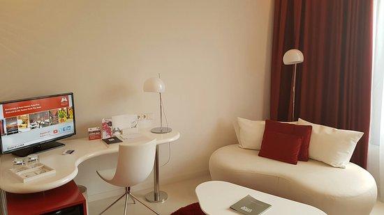L'Hospitalet de Llobregat, Espagne : 20160829_163525_large.jpg