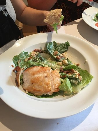 Cambridge, Новая Зеландия: Chicken Caesar with a twist