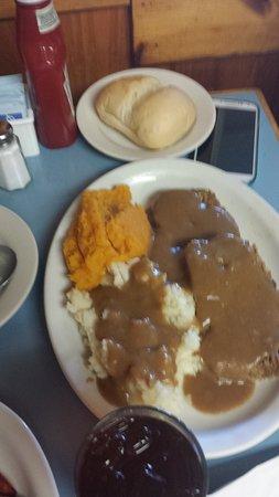 Marlborough, MA: meatloaf plate