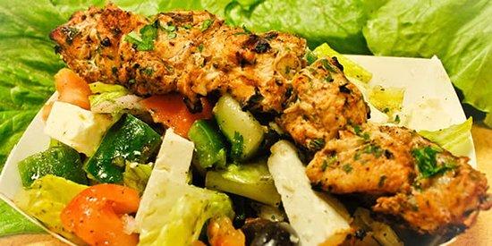 Ruskin, FL: Greek salad with chicken kebob