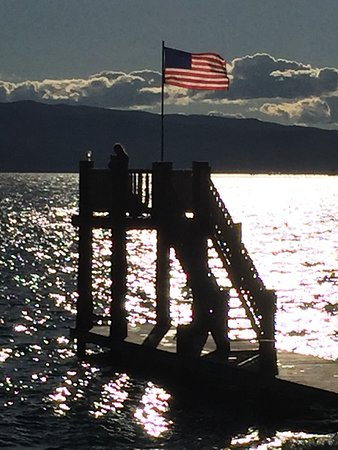 Averill's Flathead Lake Lodge: Late afternoon on Flathead Lake