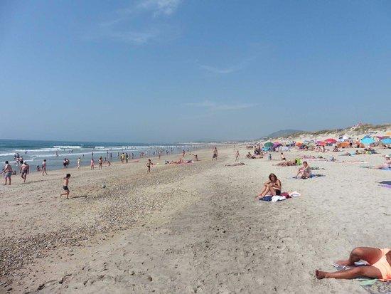 Esposende, Portugal: Playa junto a Bar da praia
