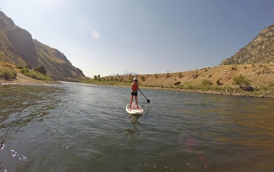 Gardiner, MT: SUPing