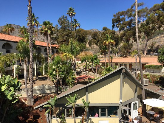 Catalina Canyon Resort & Spa: A view to the east