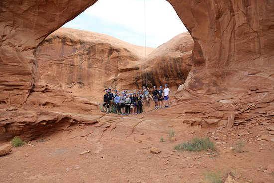 Moab, UT: handled our large group with ease