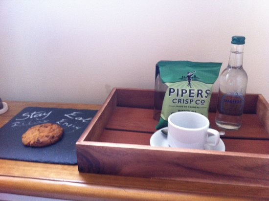 The Plough: Welcome snacks