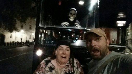 The Ghost Bus Tours - London: 20160829_223252_large.jpg