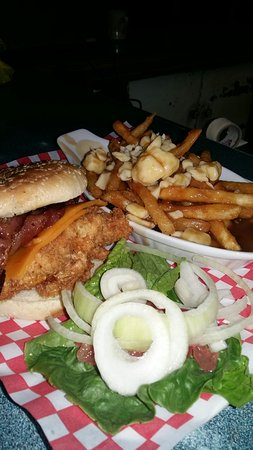 Brooks, Kanada: Local Augus  beef  burger & steak