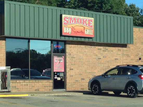 Painesville, OH: Smoke BBQ Grill