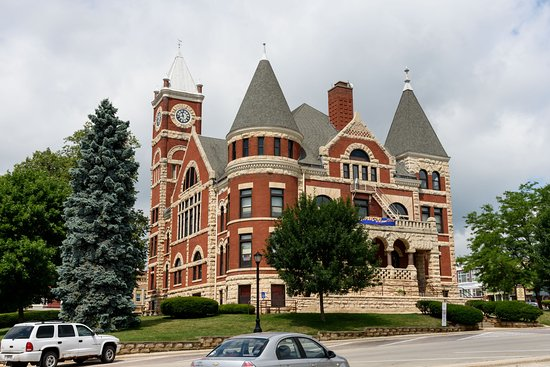 Monroe, WI: Green County Courthouse