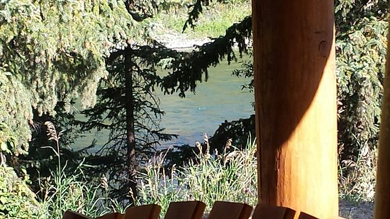 Snake River Park KOA and Cabin Village: View of the river from our cabin porch