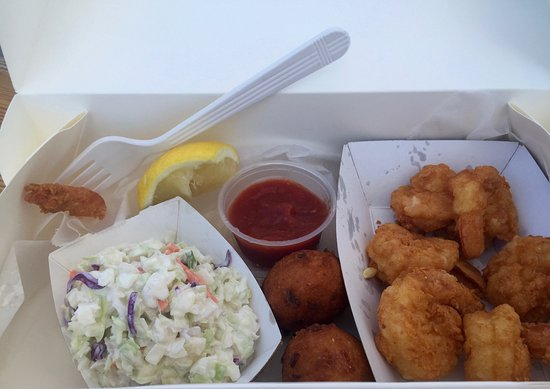 Cortez, FL: Fried shrimp, hushpuppies and coleslaw