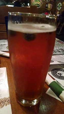 North Olmsted, OH: Bumbleberry Honey Ale