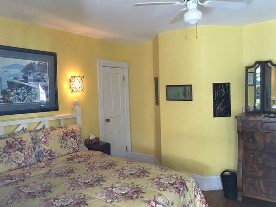 Niagara Inn Bed and Breakfast: photo1.jpg