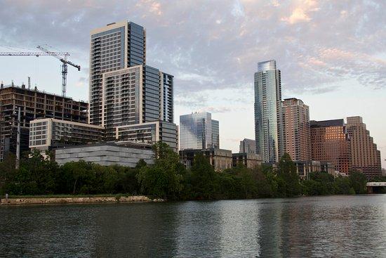 Lady Bird Lake Hike-and-Bike Trail: Downtown Austin