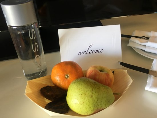 InterContinental Los Angeles Century City: Welcome amenity!