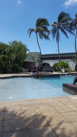 Talk of the Town Hotel & Beach Club: 20160824_112654_large.jpg