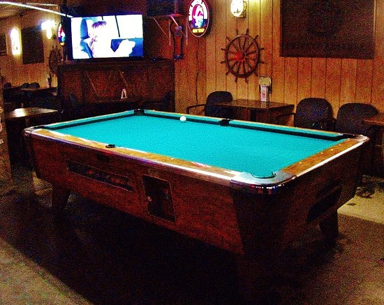 Fairview, OR: The Pool Table