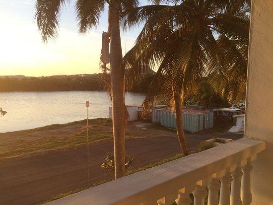 Holiday Beach Hotel and Casino: photo0.jpg