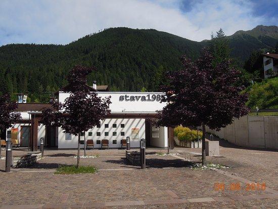 Centro di Documentazione Stava 1985