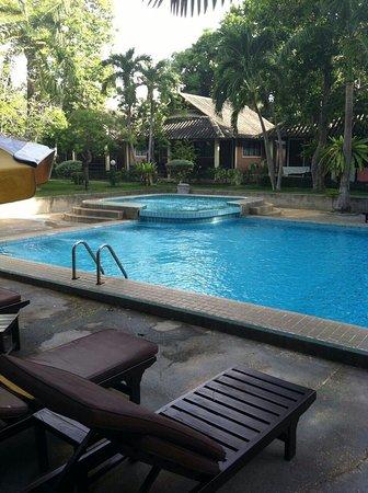 East Sea Resort Hotel: IMG-20160830-WA0019_large.jpg