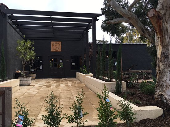 Currency Creek, Australia: Winery Entrance