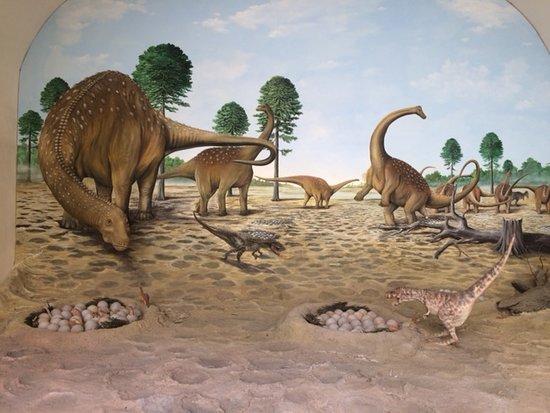Calci, إيطاليا: dinosauri