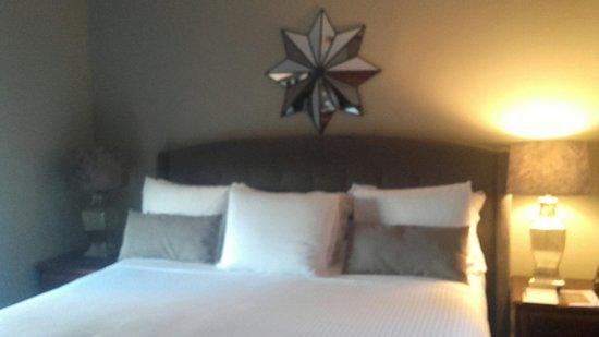 Hotel Wales: 20160828_170146_large.jpg