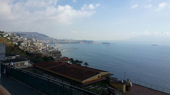City Sightseeing Naples : 20160829_104349_large.jpg