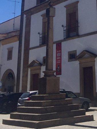 """pelourinho (""""humilladero"""") de Castelo de Vide"""