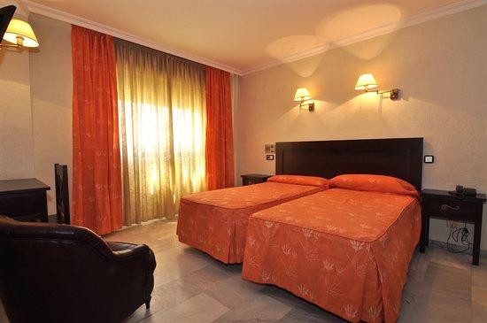 Hotel Averroes: HABITACION DOBLE