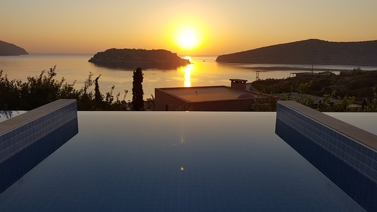 Blue Palace, a Luxury Collection Resort & Spa, Crete: sunrise