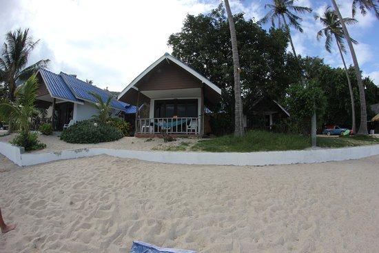 Coco Garden Resort: Einer der besagten Strandbugalows