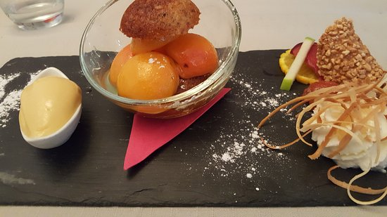 Boudes, Γαλλία: Abricots et sorbet