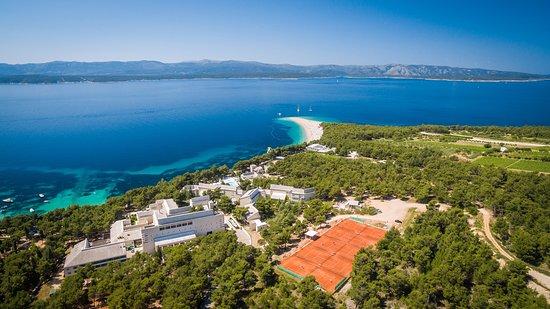 Bretanide Sport & Wellness Resort: Hotel and Zlatni Rat