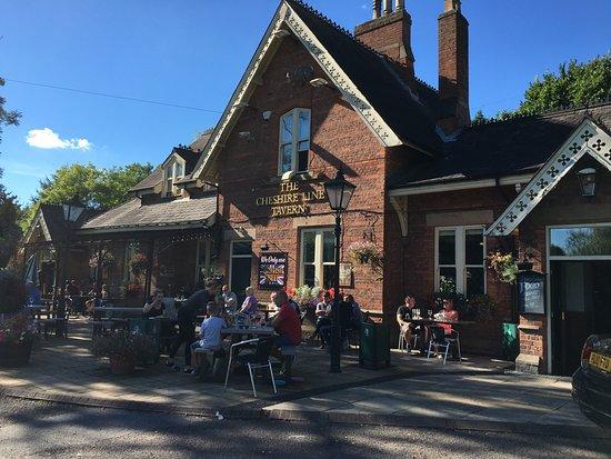 The Cheshire Line Tavern: photo2.jpg