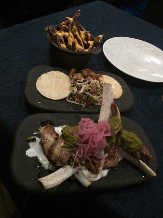New Sydney Hotel Restaurant: Fantastic food. Lamb ribs fell off the bone at a nudge. Duck tongue tortillas. Pigs ears, soooo