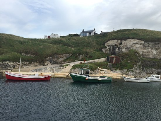 Ballintoy, UK: Cracking spot